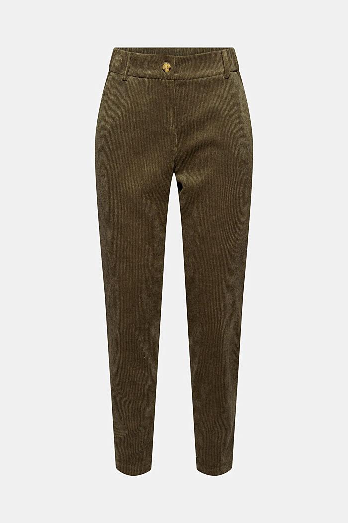 En matière recyclée: le pantalon court à enfiler en velours côtelé