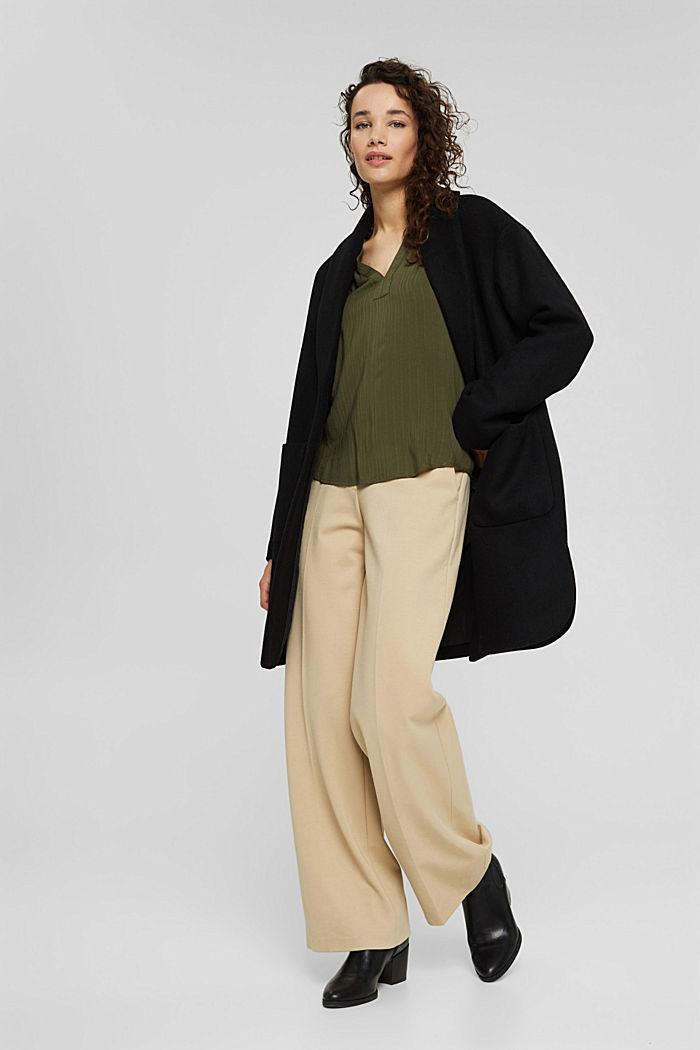 Bluse mit Struktur-Streifen, LENZING™ ECOVERO™, DARK KHAKI, detail image number 1