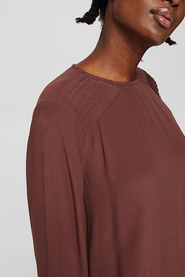 Crêpe-Bluse mit Biesen, LENZING™ ECOVERO™, RUST BROWN, detail image number 2