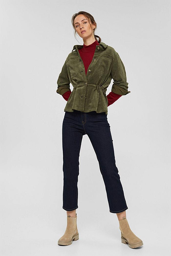 Reciclada: chaqueta de pana con cordón