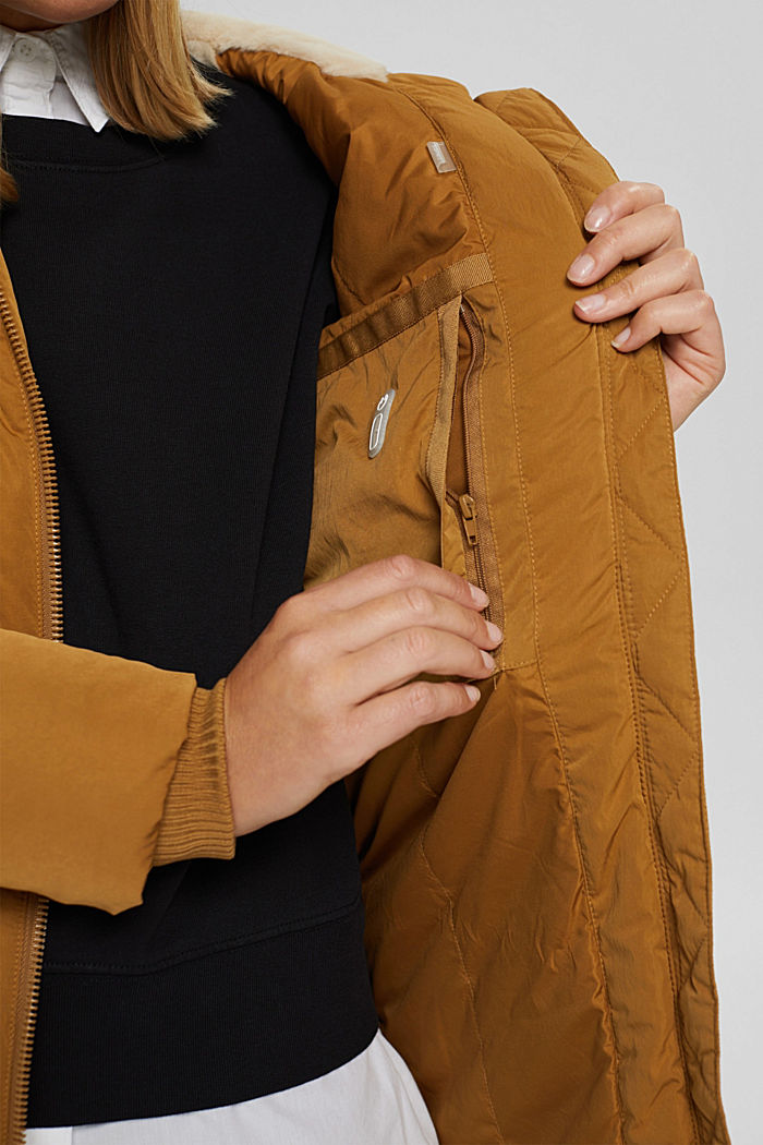 Recycelt: Steppmantel mit 3M™ Thinsulate™, CAMEL, detail image number 2