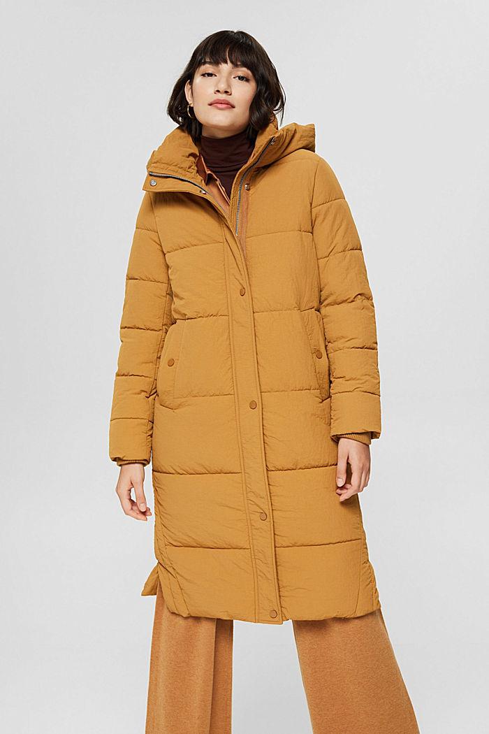 Reciclado: abrigo acolchado con textura