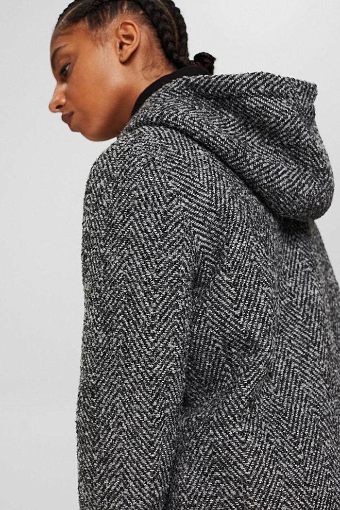 À teneur en laine recyclée: le manteau à chevrons à capuche, ANTHRACITE, detail image number 5