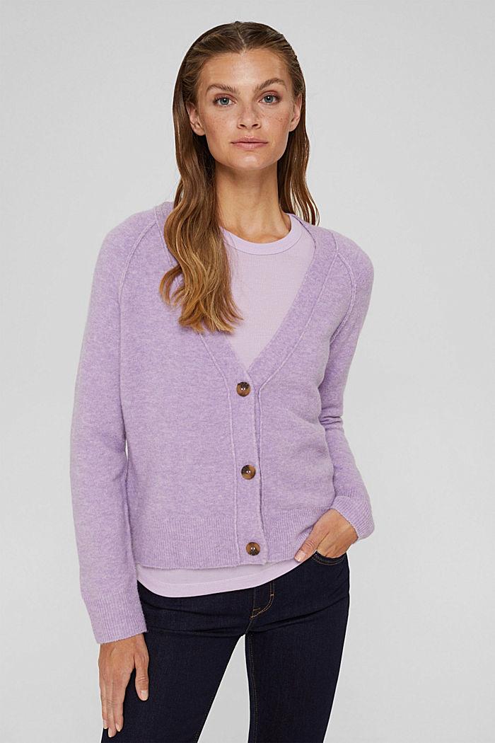 À teneur en laine: le cardigan doux à encolure en V