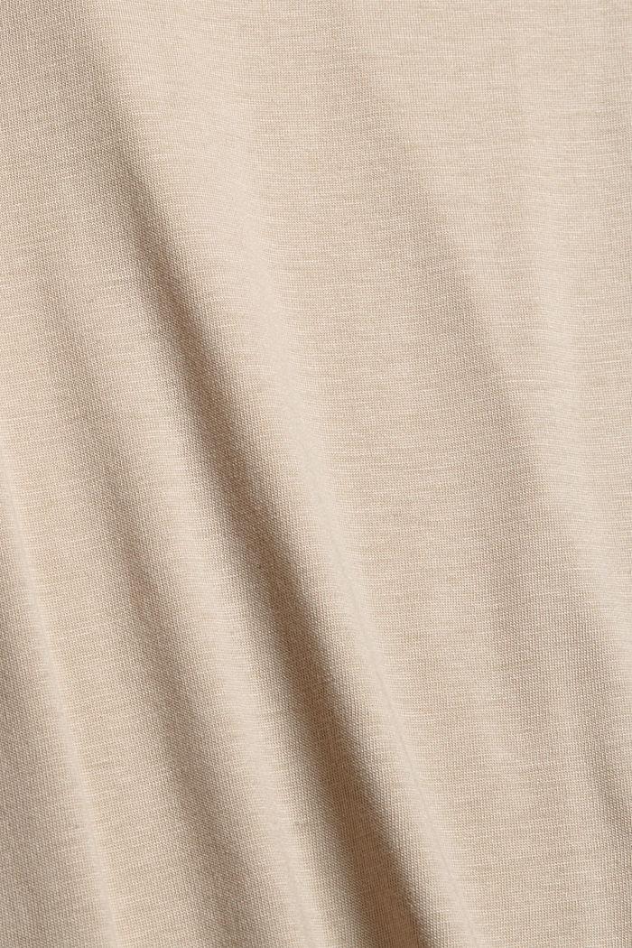 À teneur en TENCEL™: le t-shirt à manches longues et col droit, SAND, detail image number 4