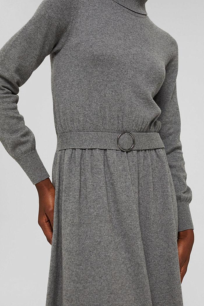À teneur en cachemire et en laine: la robe maxi longueur en fine maille, GUNMETAL, detail image number 3