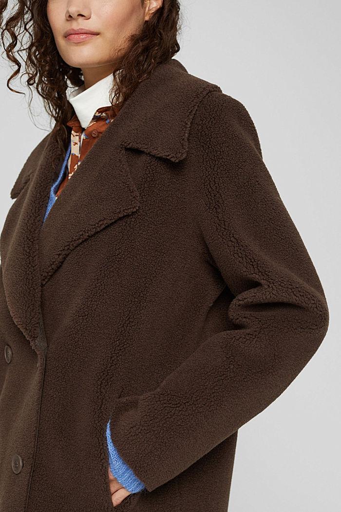Mit Wolle: Mantel in Shearling-Optik, DARK BROWN, detail image number 2