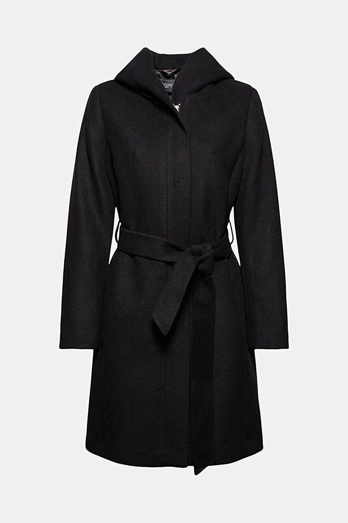 En laine mélangée recyclée : le manteau à capuche