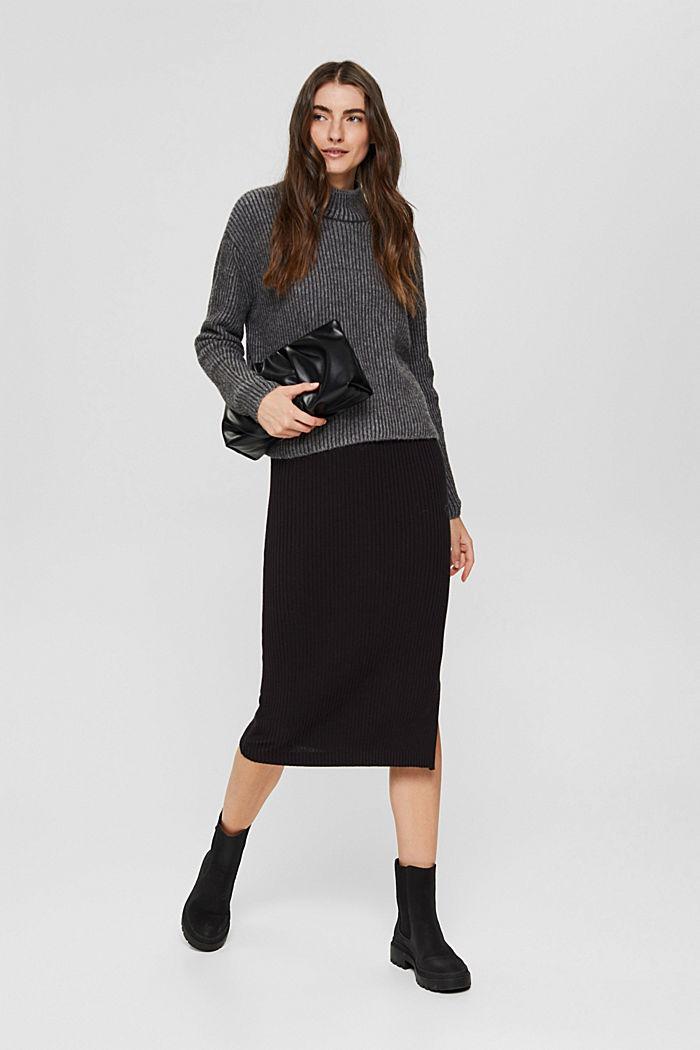 En laine mélangée: le pull-over côtelé au look bicolore, GUNMETAL, detail image number 1