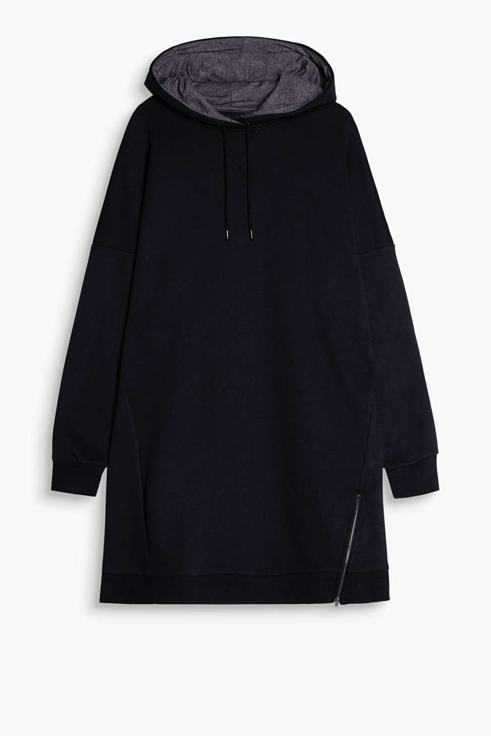 Super cool, super soft and super comfortable: hooded sweatshirt dress in a contemporary sportswear style
