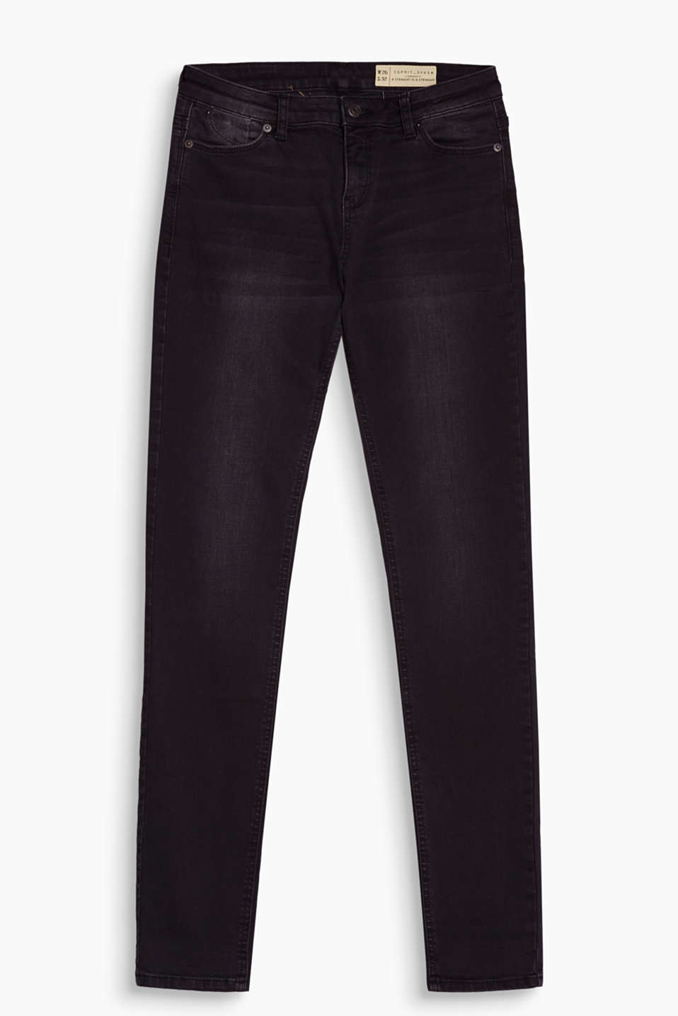 Basic in black: stretch denim with a straight leg and a new semi-circular coin pocket