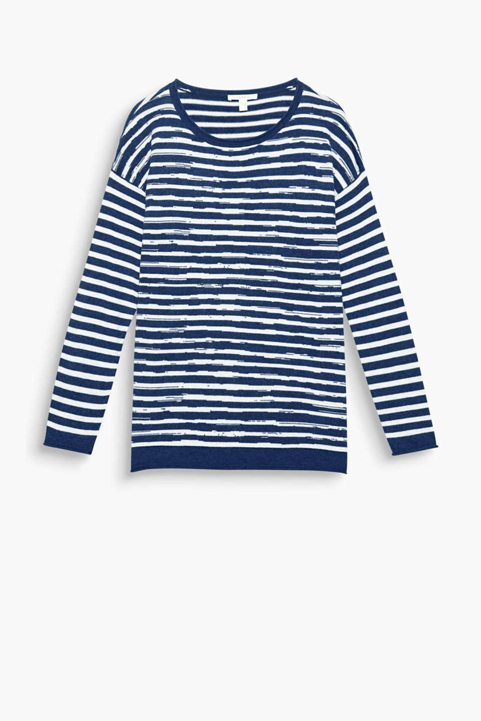 Statements or stripes on knits: soft jumper with a double-faced front section and rolled edges