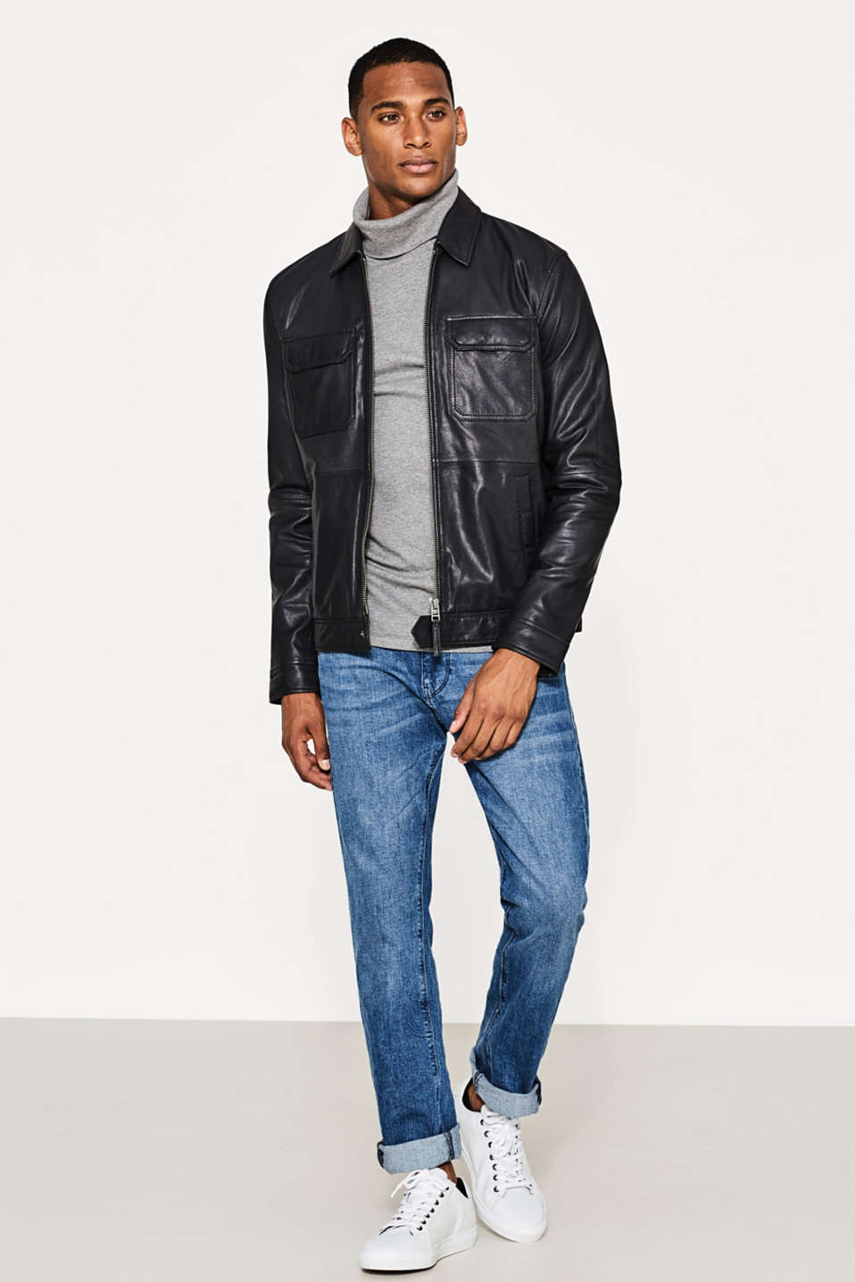 Sporty bomber jacket in kid leather