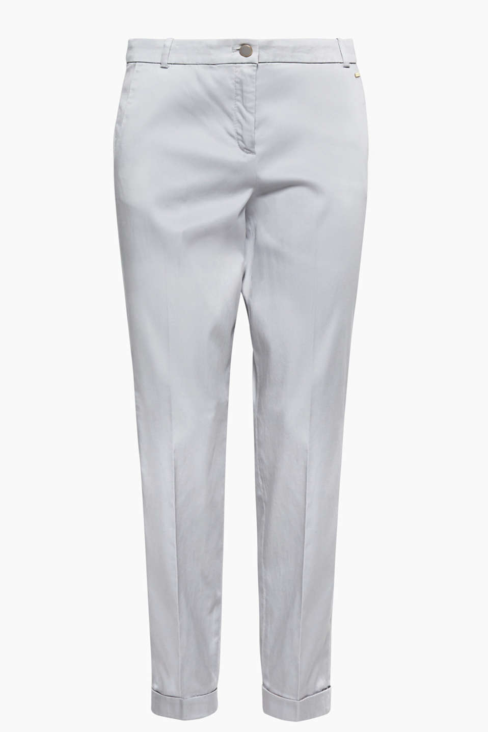 We love colours with a 70s flair! These chinos impress with their subtle satin finish.