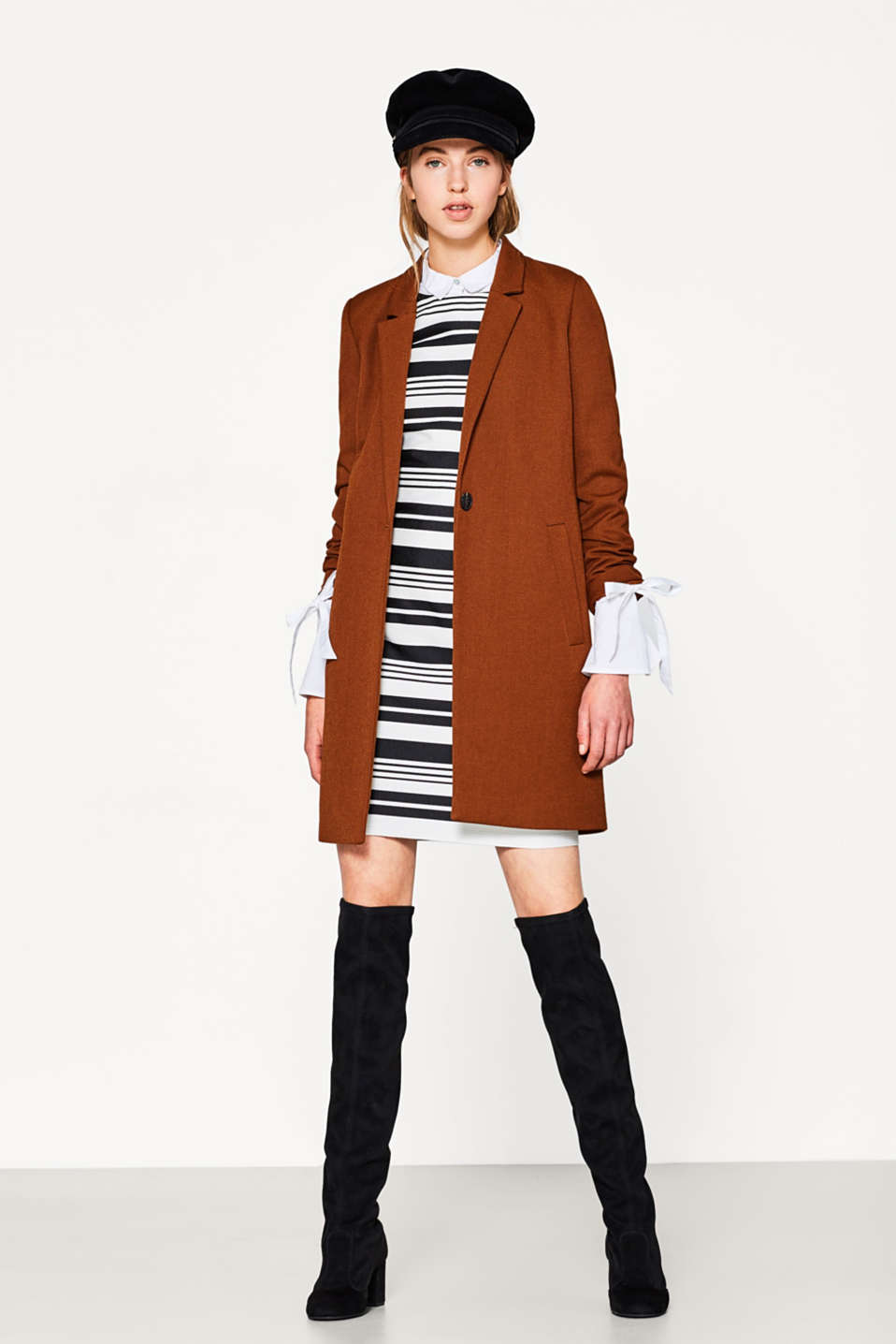 Fitted striped shift dress