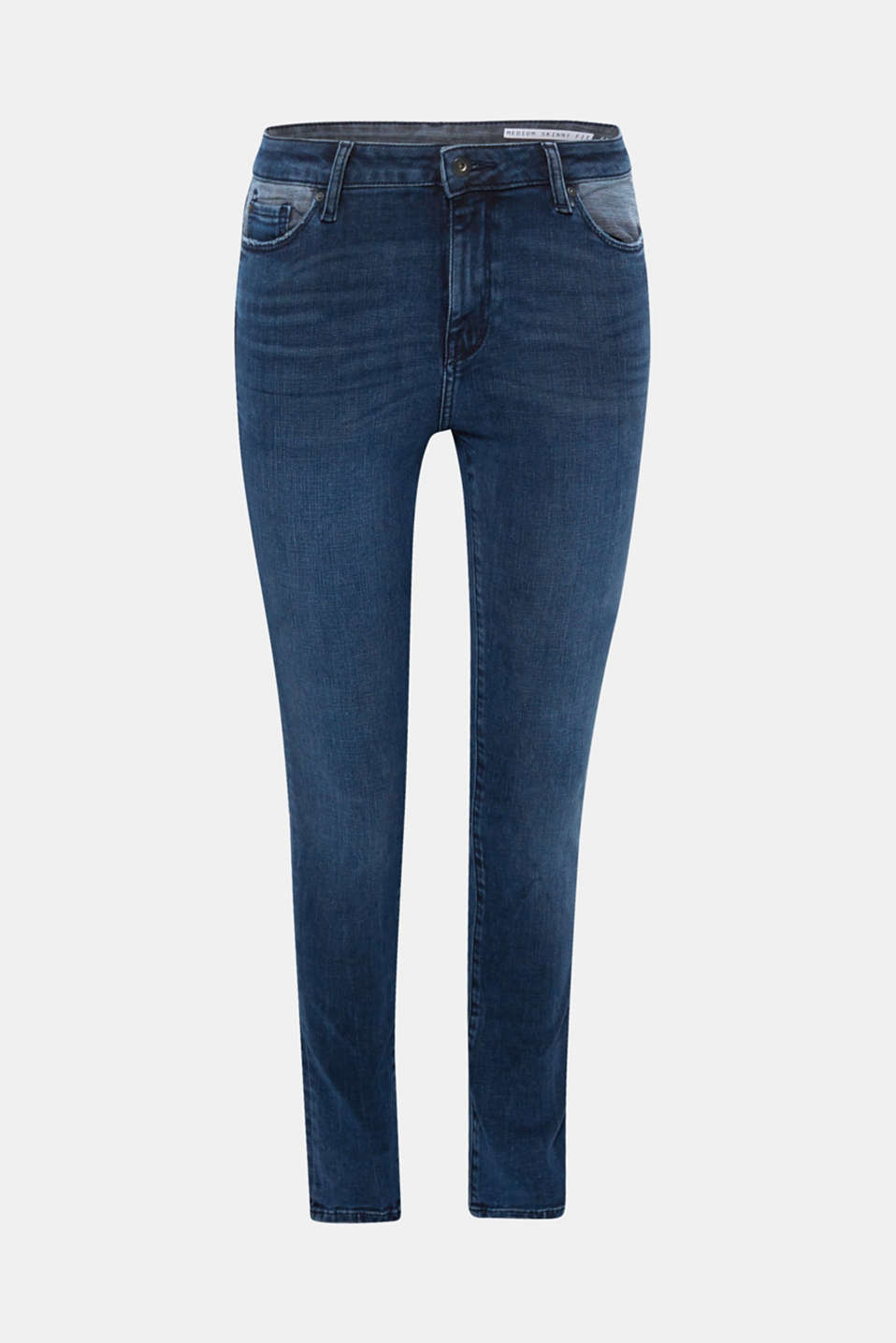 These soft stretch denim jeans feature eye-catching front pockets with pale denim intarsia.