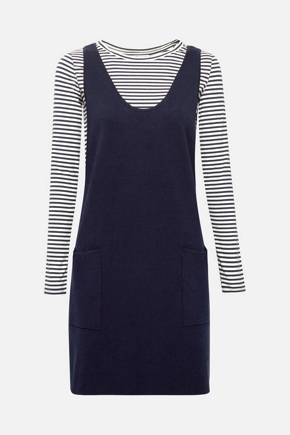A long sleeve top with sporty stripes and a casual-cut strappy dress in one – you can automatically combine two stylish essentials with this dress.