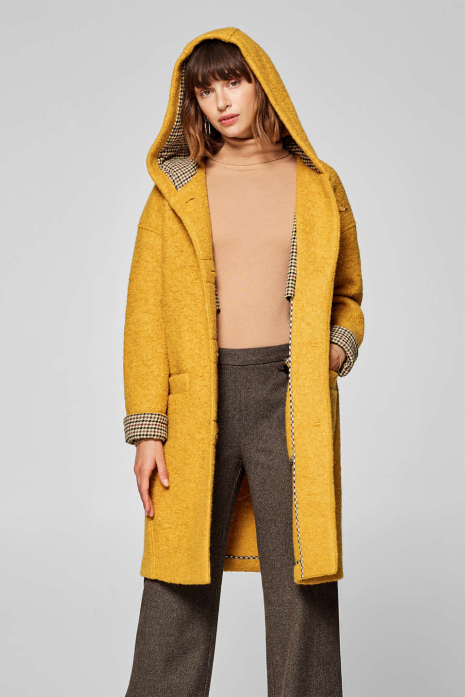 edc - Made of blended wool: Bouclé coat with hood