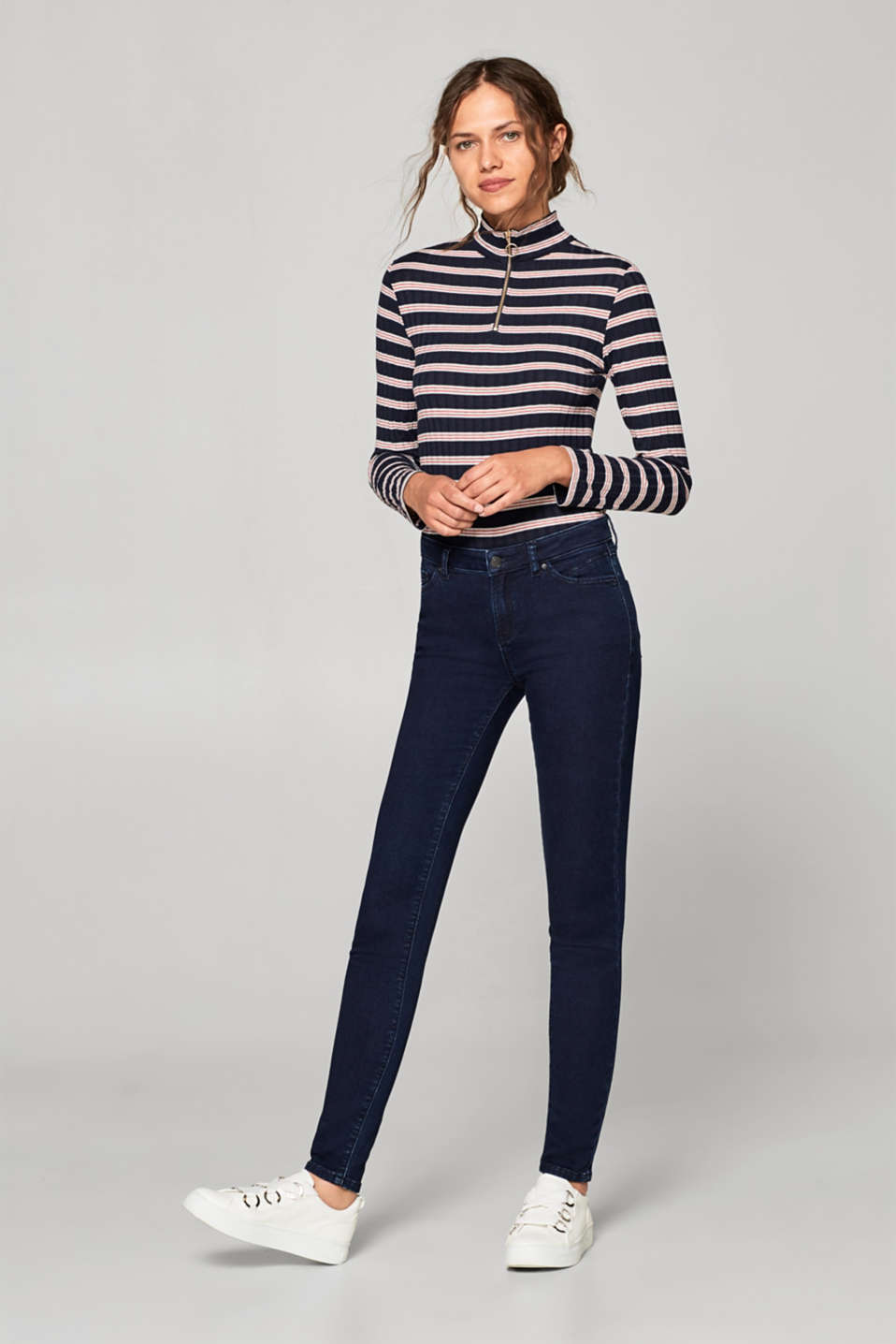 Esprit - Stretch jeans with a soft outer surface