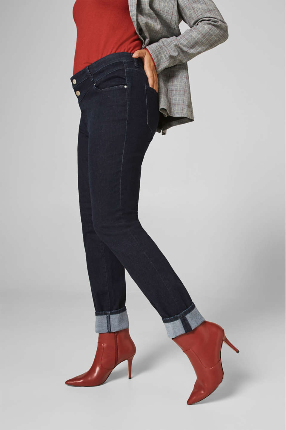 Esprit - ESPRIT CURVES shaping jeans with two buttons