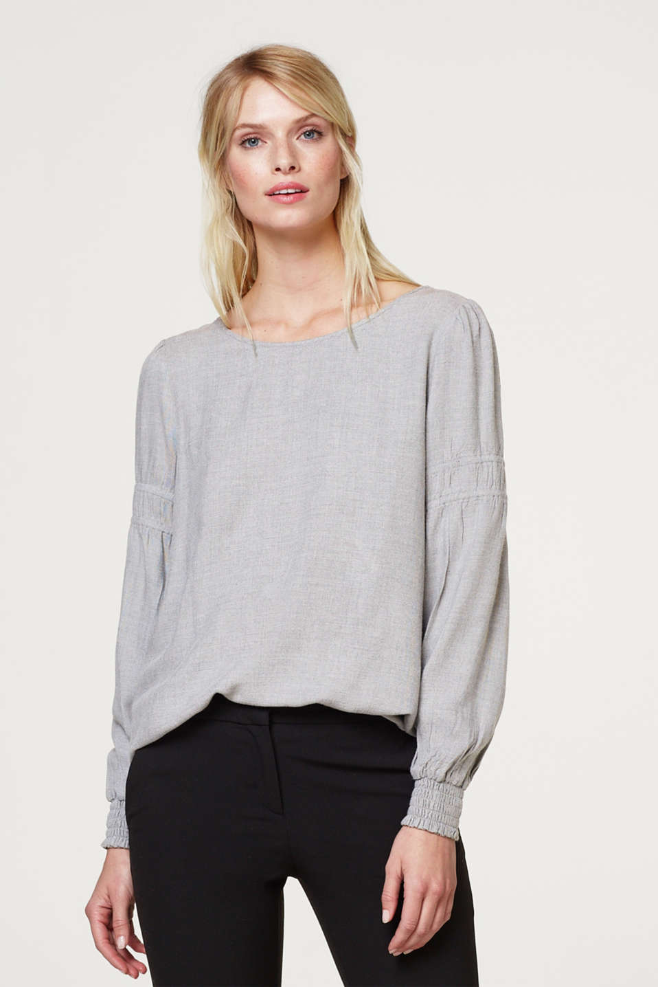 Esprit - Blouse with gathered balloon sleeves