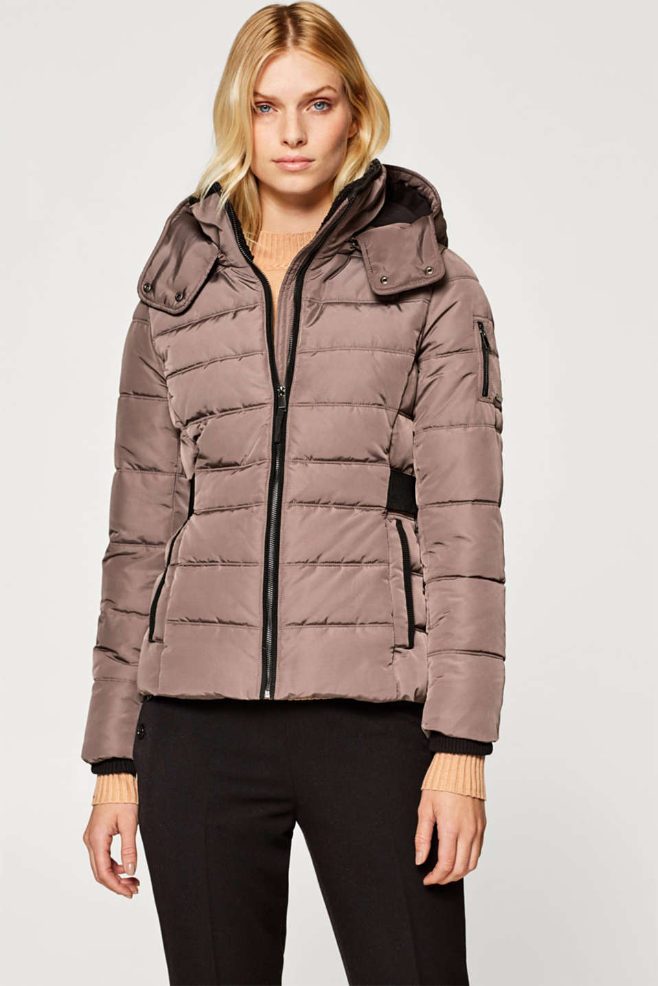 Esprit - Padded quilted jacket with a hood