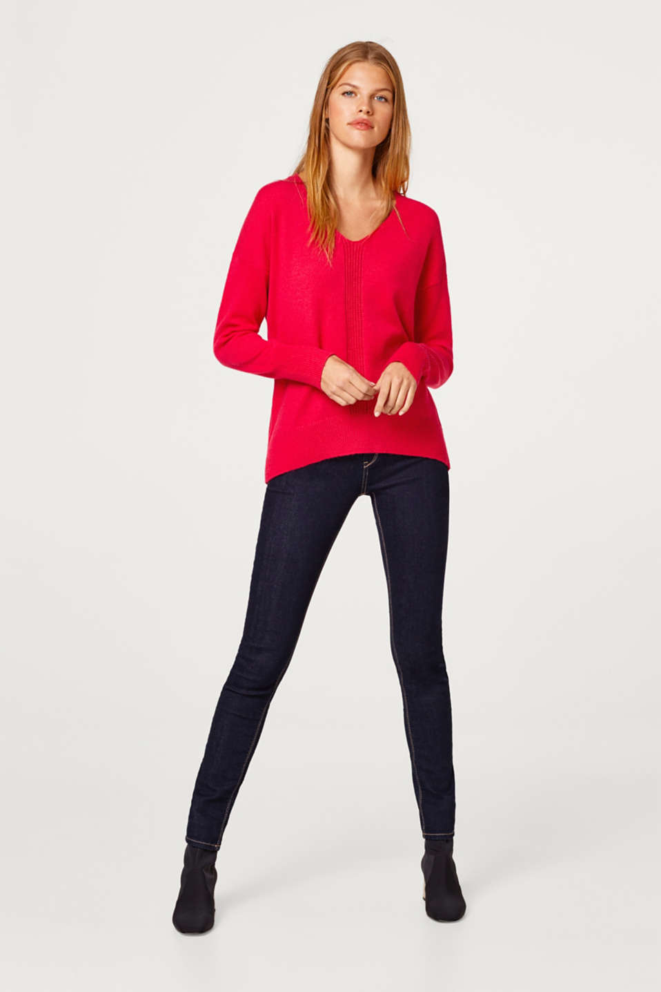 Wool blend: jumper with a back button placket
