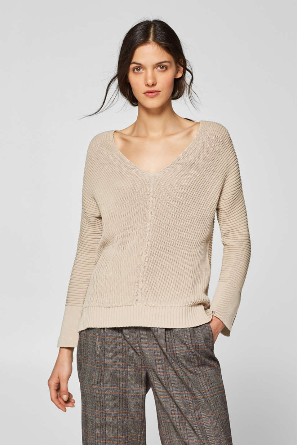 Esprit - Ribbed jumper with a large V-neck, 100% cotton