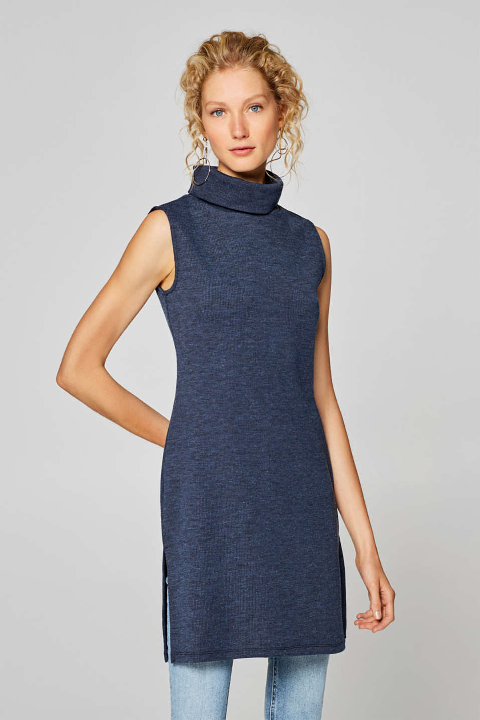 Esprit - Sleeveless long polo neck