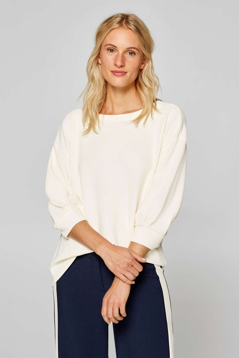 Esprit - Ribbed top with a bow and balloon sleeves