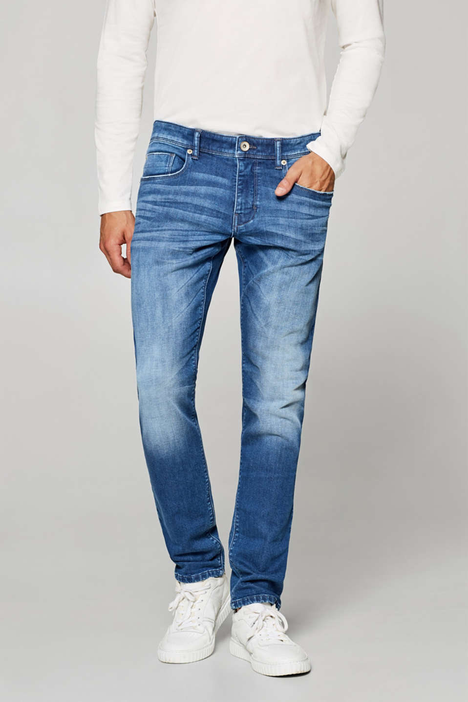 Esprit - Stretch jeans in tracksuit fabric