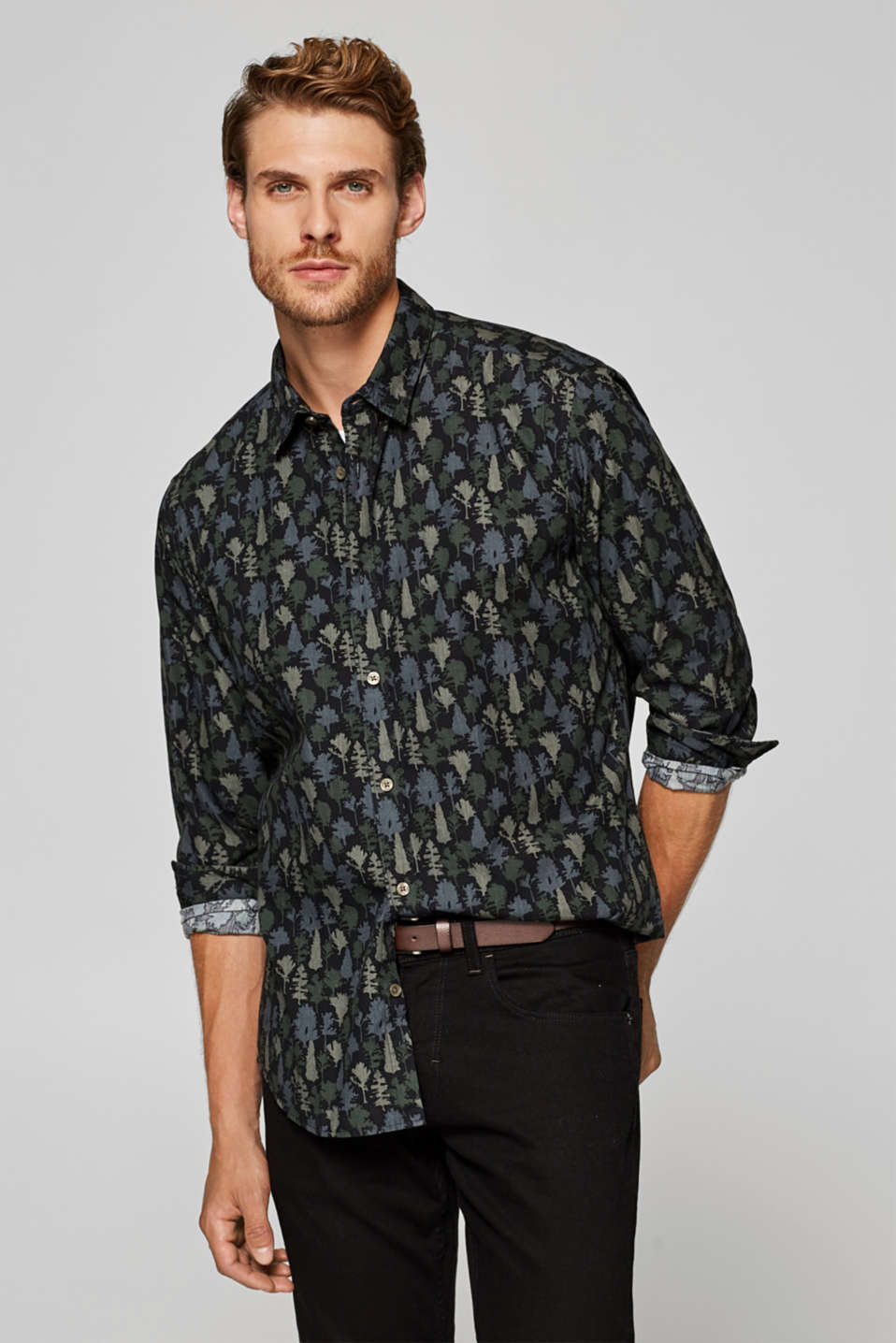 Esprit - Shirt with a tree print, 100% cotton