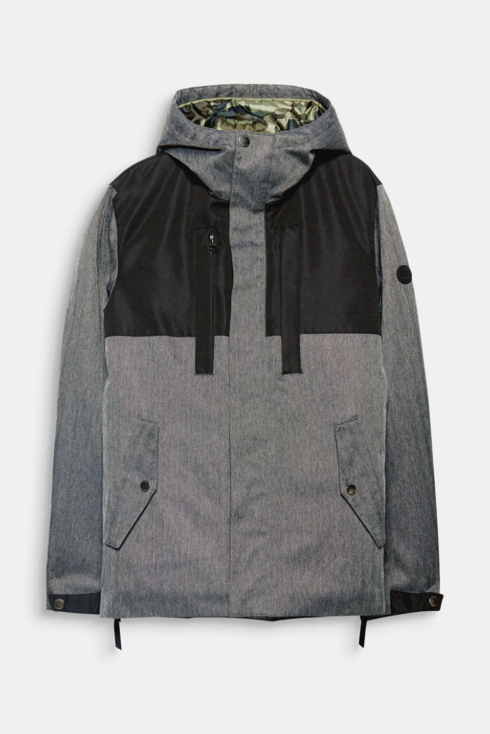 This hooded jacket with warm padding will be a loyal companion through wind and rain.
