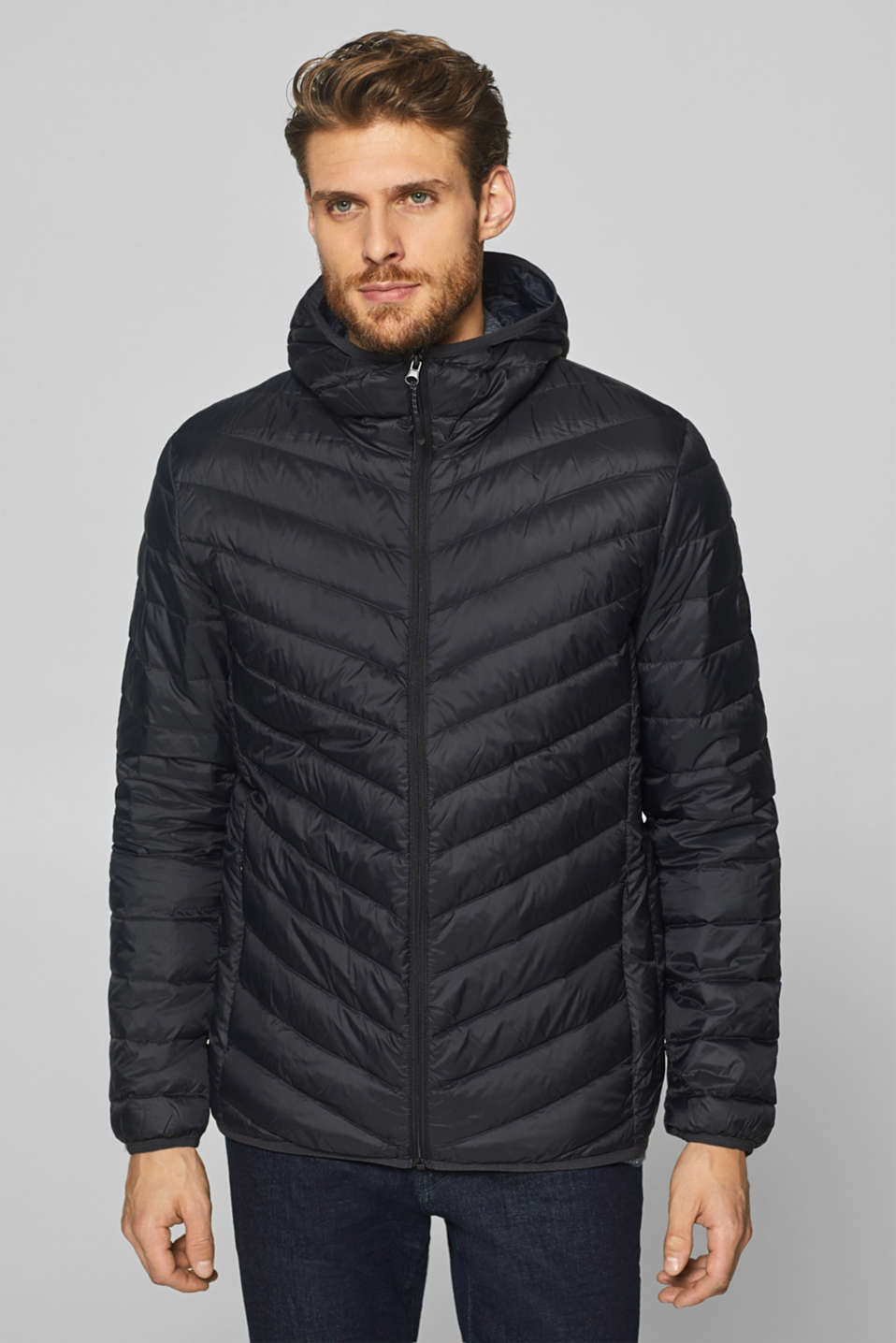 Esprit - Quilted jacket with a hood and down/feather filling
