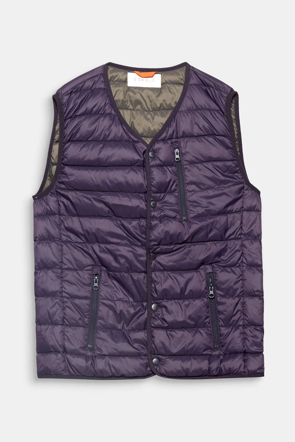 Perfect for between seasons or over a coat on cold winter days: quilted body warmer with RDS-certified down/feather filling.