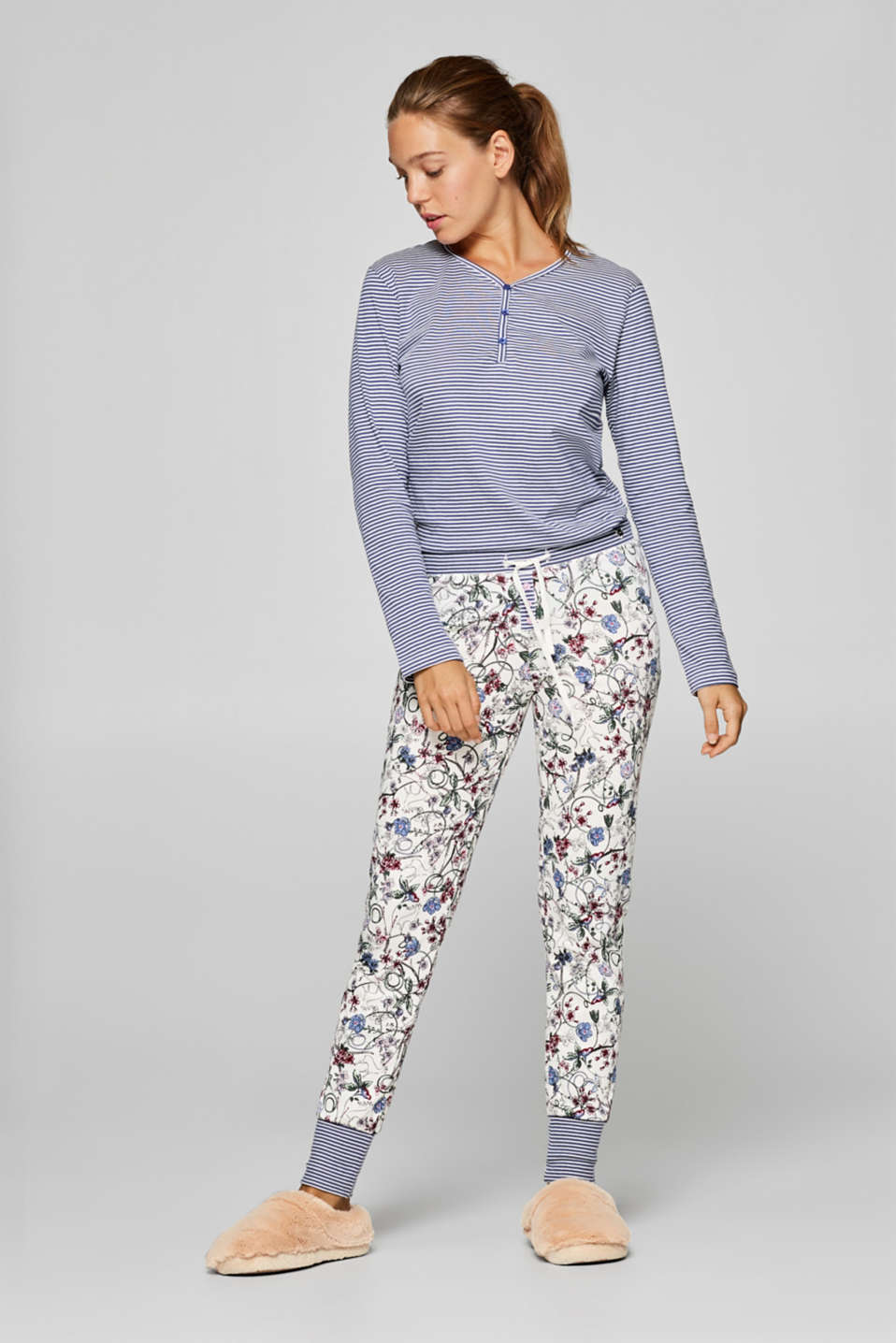 Esprit - single pant with print