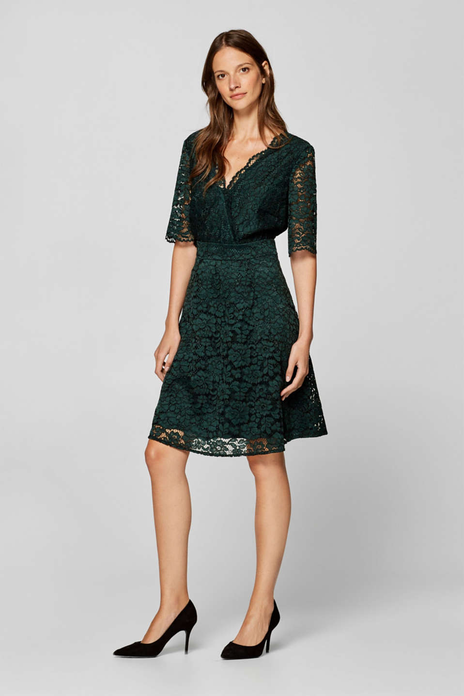 Esprit - Lace dress with V-necklines