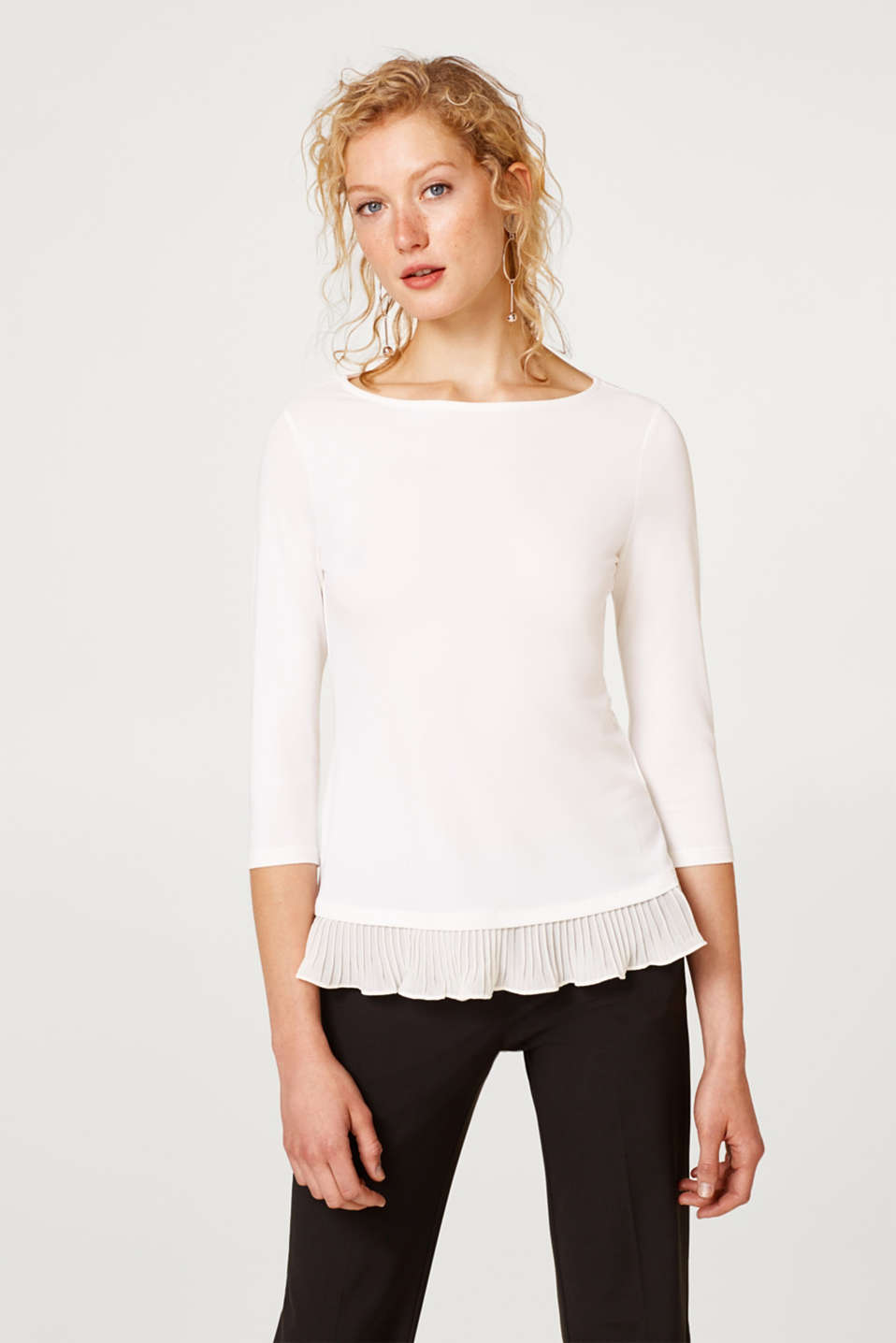 Esprit - Crêpe jersey top with pleated hem