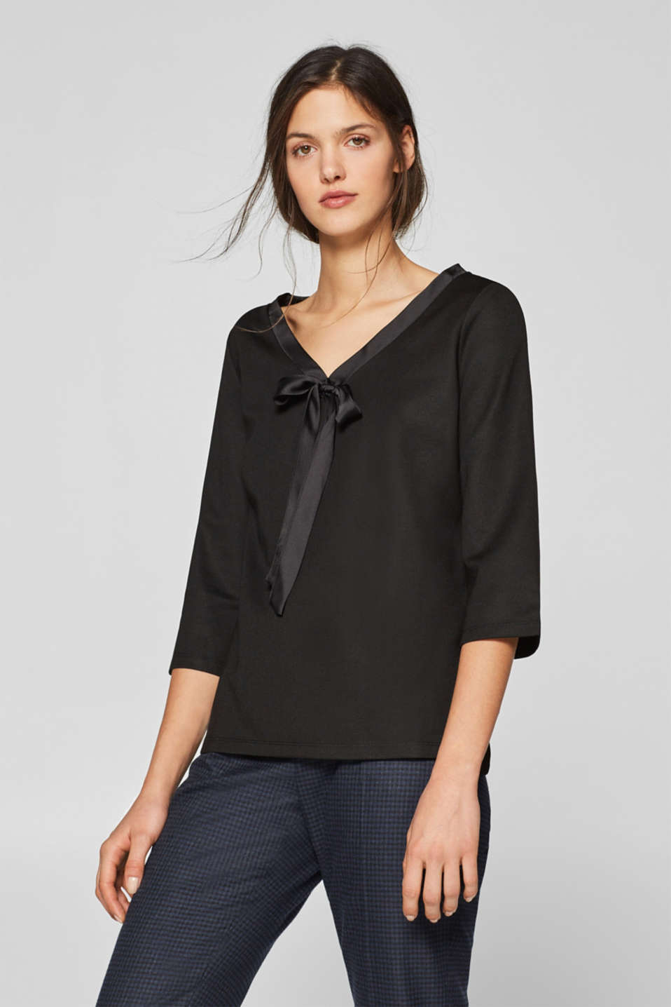 Esprit - Stretch T-shirt with a satin bow