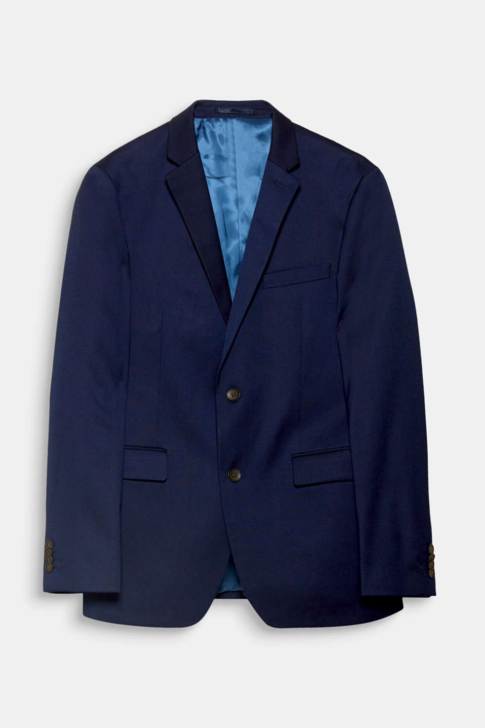 We love texture! The two-tone texture gives this jacket an elegant and smart look.