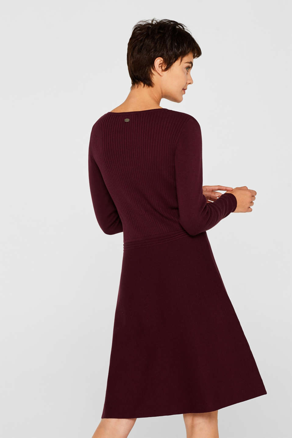 Knit dress with a ribbed texture, BORDEAUX RED, detail image number 2