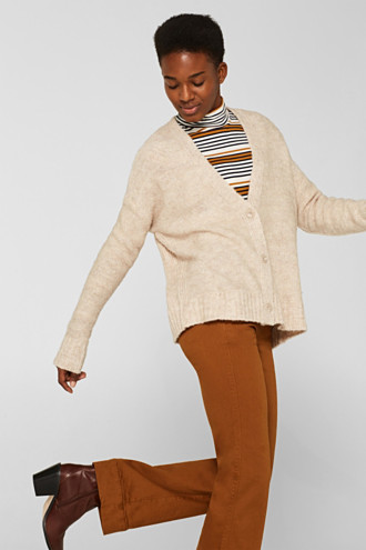 Made of blended wool: Bouclé cardigan with a V-neckline