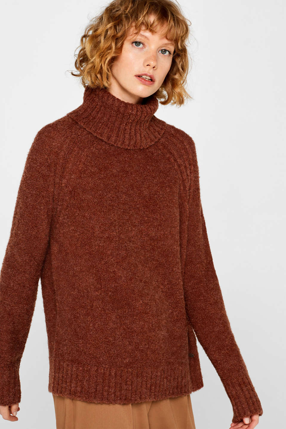 Made of blended wool: Bouclé polo neck jumper, RUST BROWN 5, detail image number 0