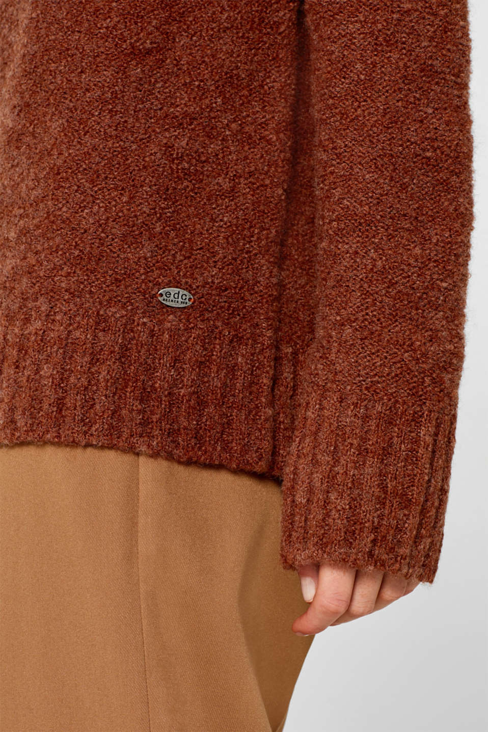 Made of blended wool: Bouclé polo neck jumper, RUST BROWN 5, detail image number 2