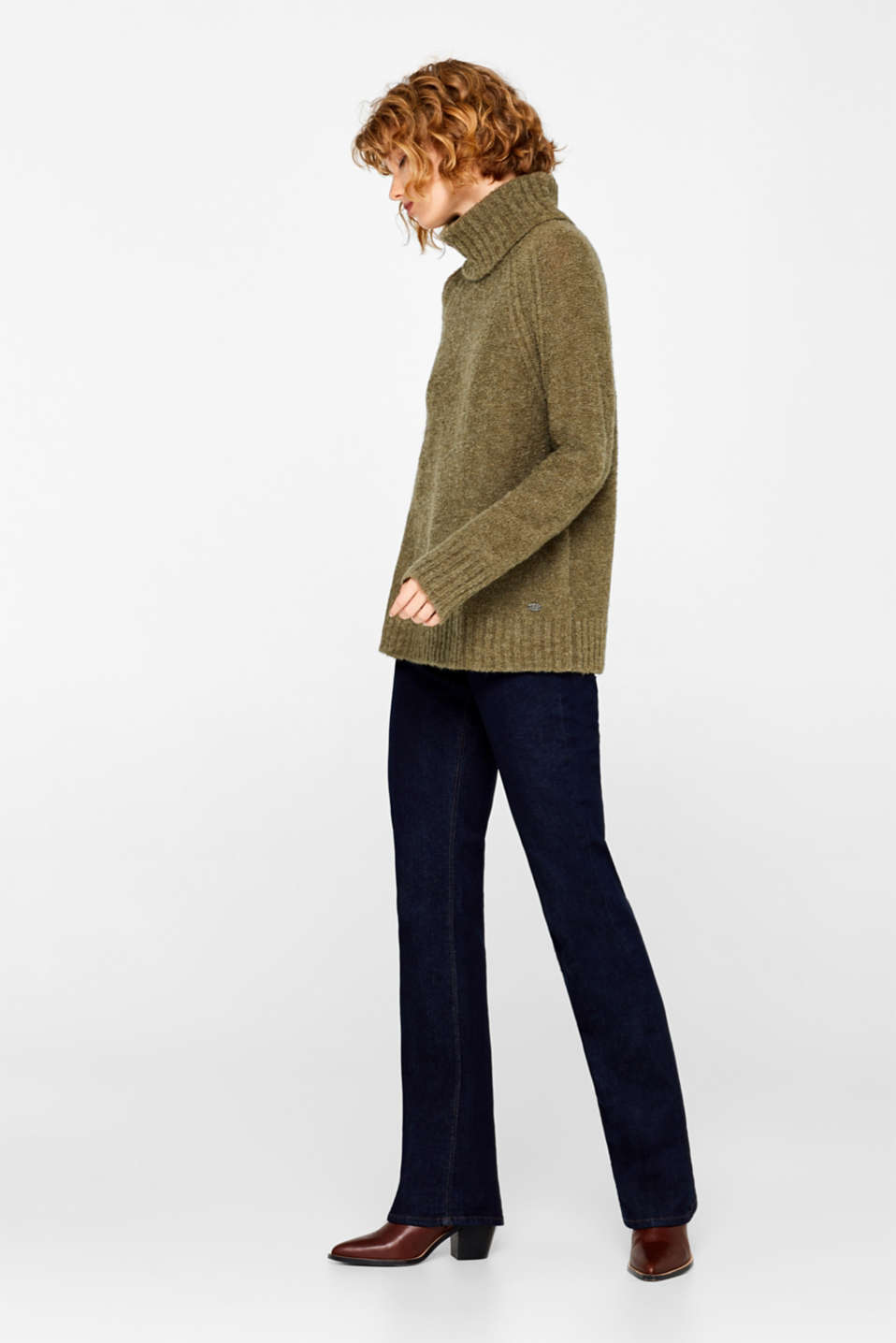 Made of blended wool: Bouclé polo neck jumper, KHAKI GREEN, detail image number 6