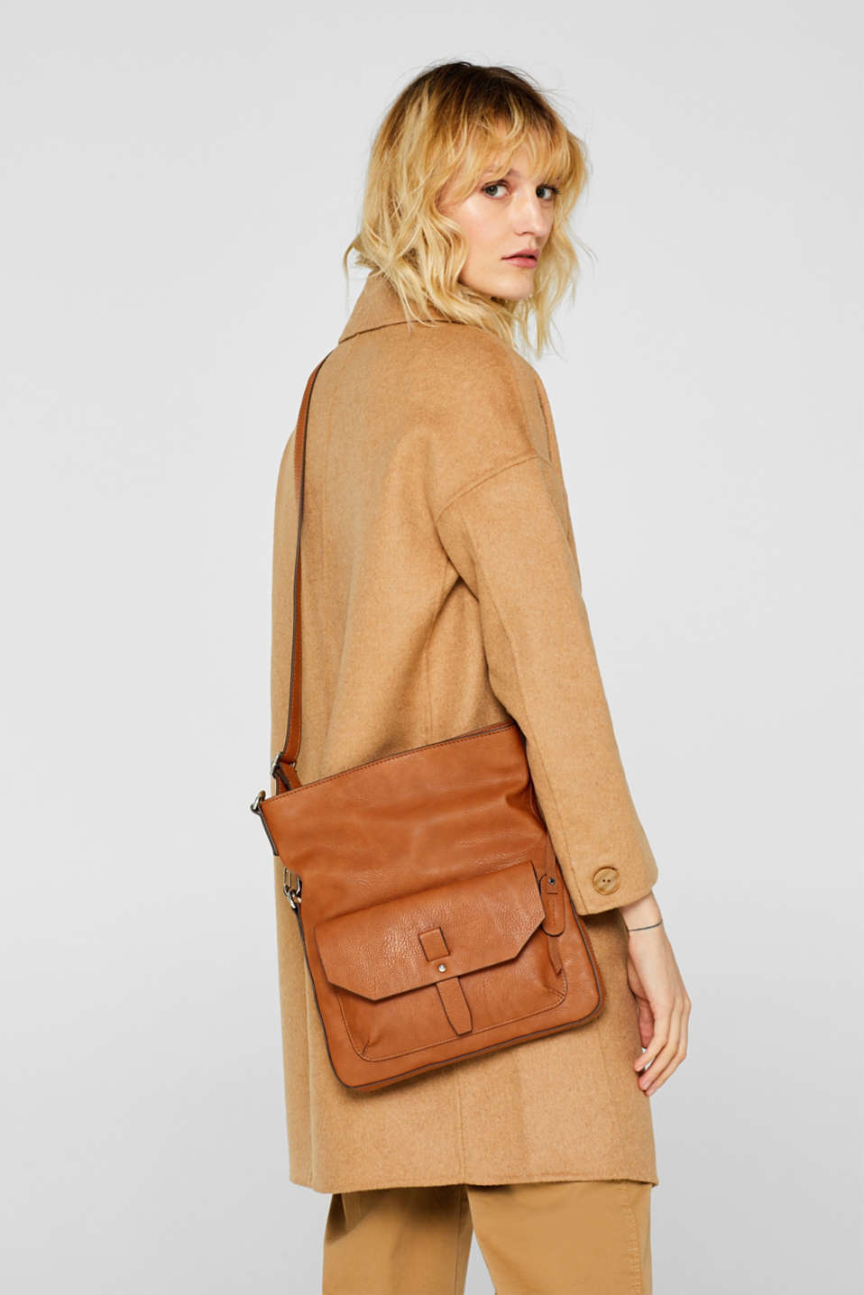 Flapover bag in faux leather, RUST BROWN, detail image number 1
