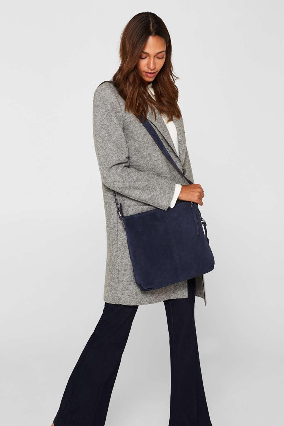 Leather shoulder bag, NAVY, detail image number 1