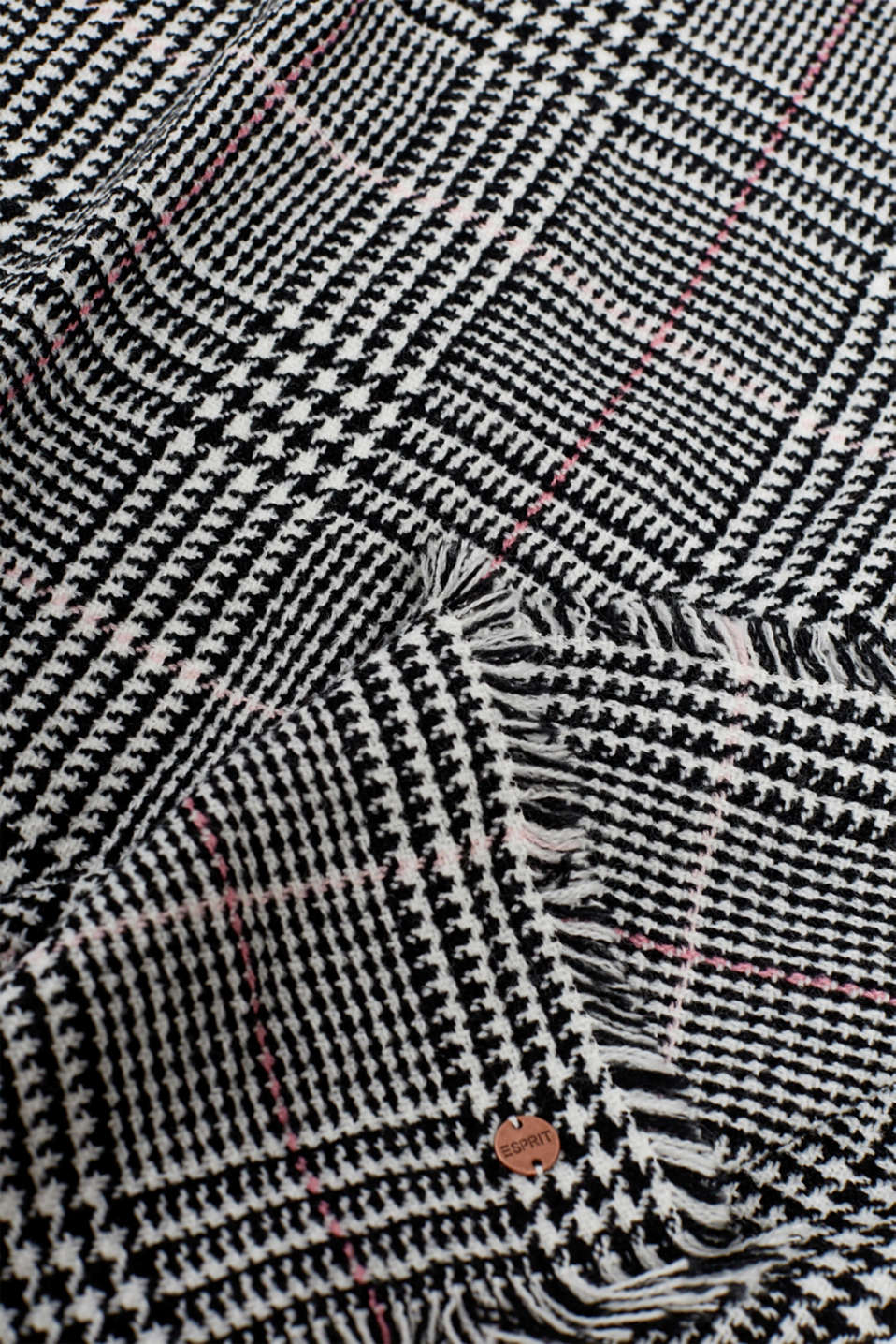 Wool-effect scarf with a Prince of Wales check pattern, BLACK, detail image number 2