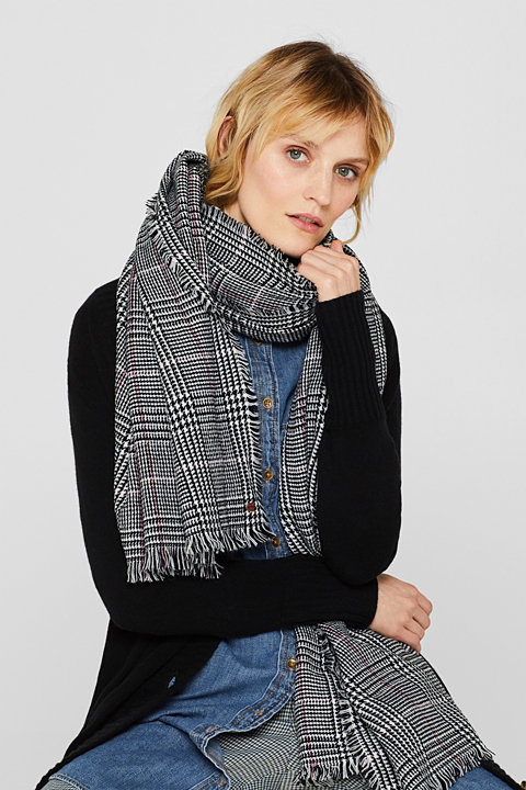 Wool-effect scarf with a Prince of Wales check pattern