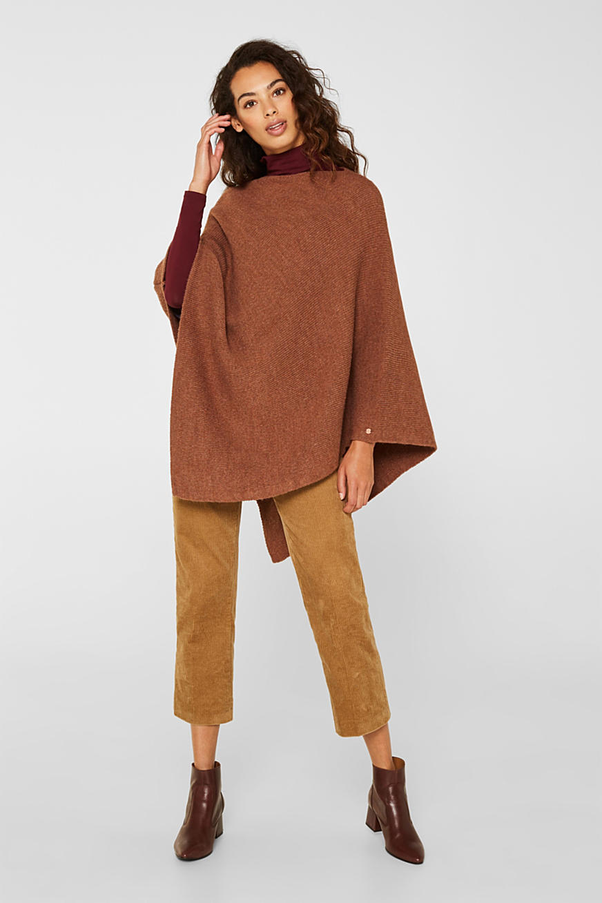 Containing wool and alpaca: poncho in a melange finish